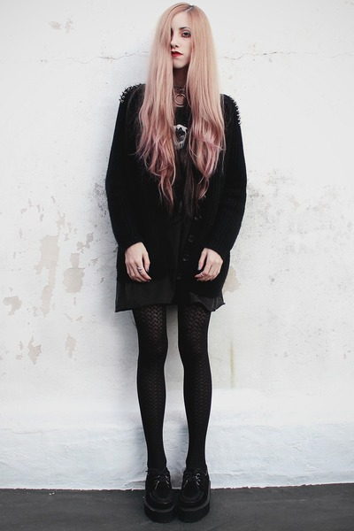 Complot dress - geometric Apogeo tights - studded Choies cardigan