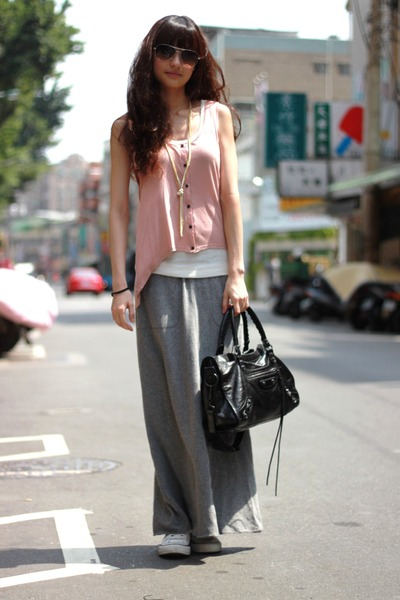 neutral H&M top - heather gray skirt