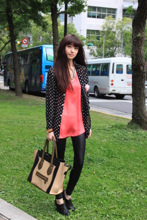 salmon top - black shirt