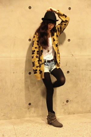 mustard cardigan - black H&M hat - white shirt