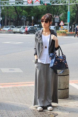 heather gray maxi skirt skirt - gray jacket - navy bag