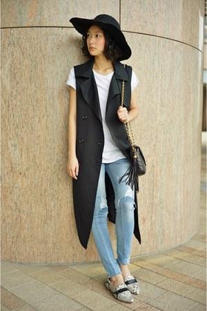 black Jeansis vest - heather gray Steve Madden flats