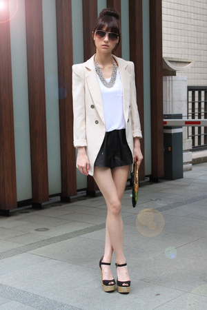 white H&M skirt - beige blazer - gold bag - black H&M shorts