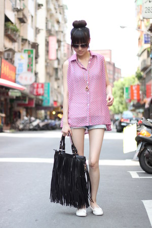 pink top - black bag - white flats
