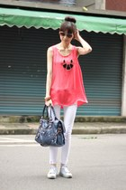 bubble gum top - navy bag - white pants