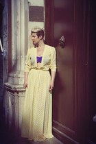 light yellow vintage vintage dress - deep purple shiny American Apparel bra