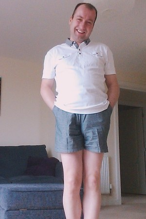 Marks & Spencer shirt - dark grey American Apparel shorts