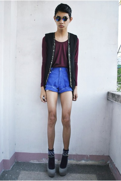 blue northern getaway shorts - black Forever 21 vest