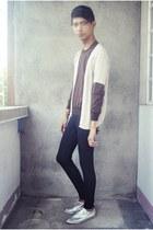 dark brown vintage from dad sweater - black Forever 21 leggings - beige Vintage