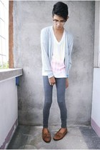 brown vintage shoes - heather gray Forever 21 leggings - white zoo york t-shirt
