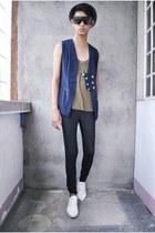 white WADE shoes - black Forever 21 leggings - black H&M sunglasses