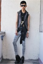 black asianvogue shop boots - black korean store vest