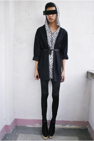 black Soule Phenomenon boots - dark gray hanii w leggings