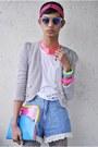 Hot-pink-h-m-necklace-blue-miss-sartorial-bag
