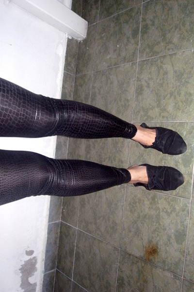 black - leggings