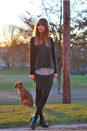 black leather luluscom sweater - black faux leather Marshalls skirt