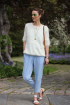 light blue chambray Marshalls jumper - white knit Chicwish sweater