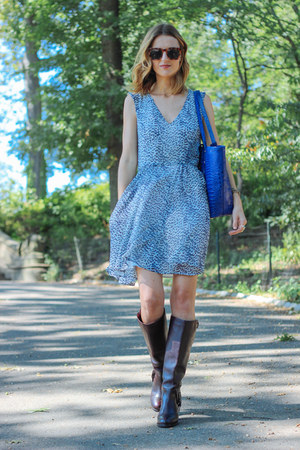 crimson leather Ariat boots - blue chiffon French Connection dress