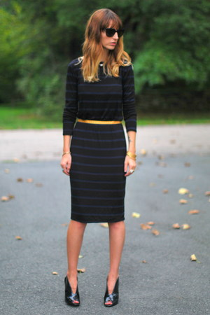 gray ankle booties BCBGeneration boots - navy striped TJ Maxx dress