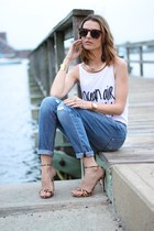 white tank top Billabong top - blue boyfriend Joes Jeans jeans