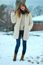 ivory lambswool Zara coat - brown lace up Justin boots