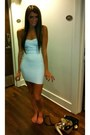 Herve-leger-dress-aqua-heels