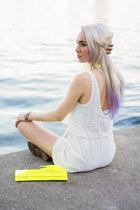 yellow Jessica Simpson bag - white for elyse romper