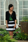 Black-black-and-white-jcpenney-purse-navy-striped-full-banana-republic-skirt