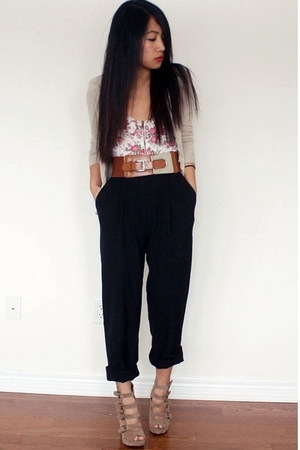white f21 top - black thrifted pants - beige f21 shoes