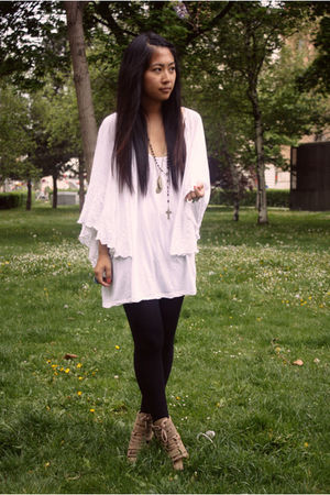 white H&amp;M top - beige Topshop shoes - blue DIY accessories