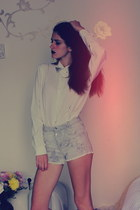 thrifted blouse - pull&bear shorts