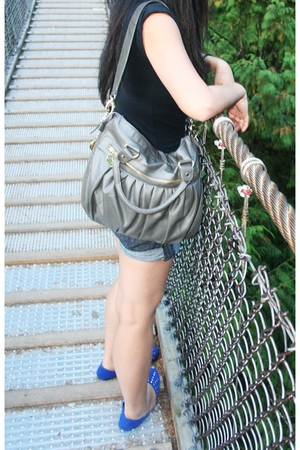 Zara t-shirt - shorts - Aldo accessories - roberto vianni shoes