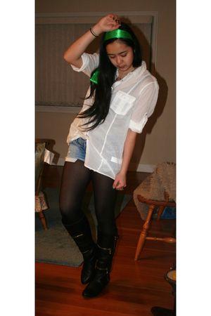 white Zara blouse - blue American Eagle shorts - black
