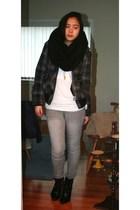 black H&M scarf - white Zara t-shirt - black Zara jacket - gray Stitches jeans -
