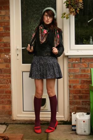 black flea market scarf - red Office shoes - blue vintage via Ebay dress