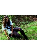 DIY t-shirt - Target tights - forever 21 skirt - Steve Madden boots