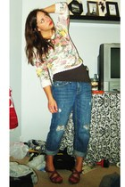 vintage top - American Eagle jeans - Old Navy shoes