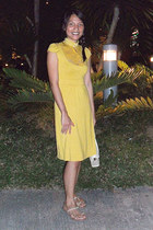 mustard jersey dress - mustard lace top - silver alberto flats