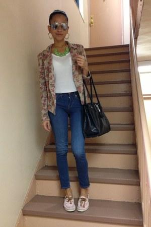navy H&M jeans - tan Lucky21 blazer