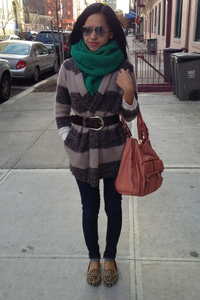 teal H&M scarf - tan Forever21 cardigan