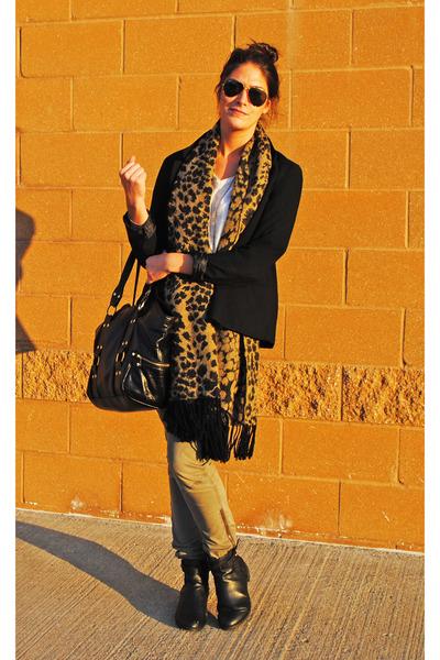 H&M scarf - H&M boots - H&M pants