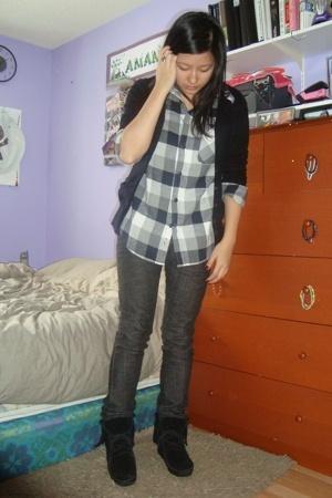 H&M sweater - Old Navy shirt - Levis jeans - Minnetonka shoes - Aldo