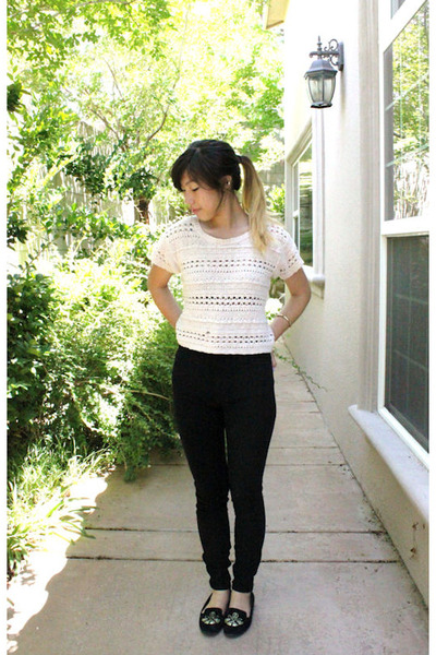 cream crochet mossimo supply co top - black American Apparel jeans