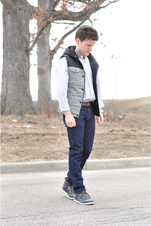 forever 21 men vest - navy skinny Old Navy jeans - forever 21 men shirt