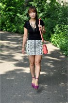 ivory Zara skirt - salmon PROENZA SCHOULER bag - black v-neck Forever 21 t-shirt