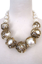 Victorian-pearl-necklace