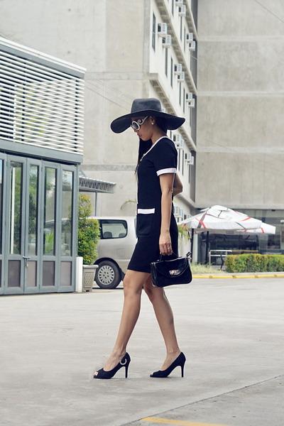 black lbd cotton vintage dress - black Parisian bag