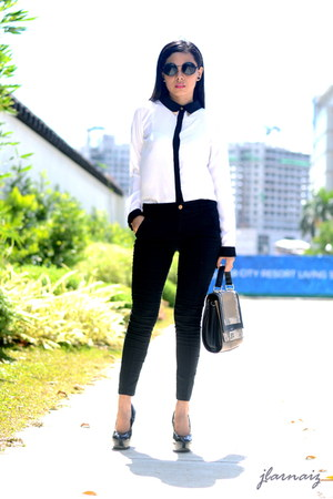 black metallic collar Oxygen top - pumps Payless shoes - satchel Celine bag