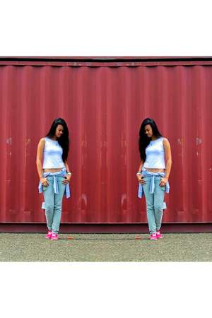 So FAB shoes - Jag jeans - sweater - Crop top