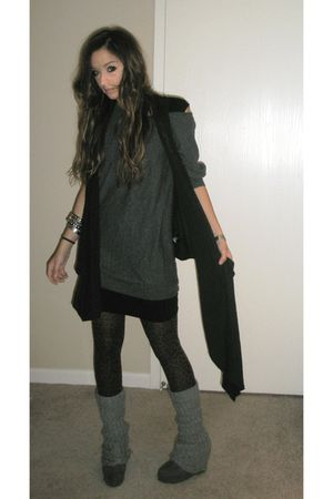 gray Forever 21 dress - black Urban Outfitters top - brown Forever21 tights - bl